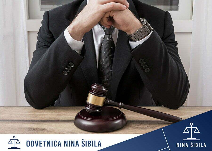 Odvetnik za gospodarsko pravo